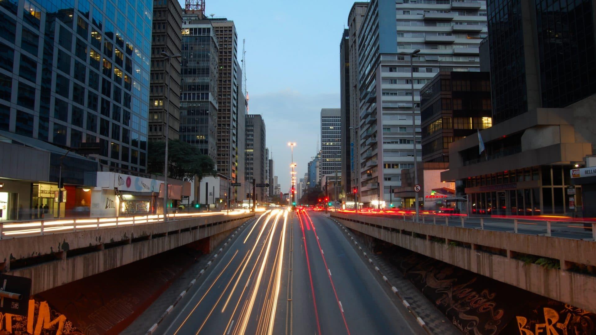São Paulo ganha mais de 500 pontos de acesso à rede pública de Wi-Fi; saiba como navegar com segurança